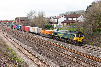 66532 'P & O Nedlloyd Atlas' heads along the Up Slow at Undy with 4O57 13.29 (MO) Wentloog to Southampton MCT Freightliner service. Monday 6th March 2017. Looks like the Up Fast is due for replacement in the near future.