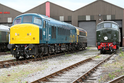 45041, 33201 & D4 outside the Swanwick Junction shed. MRC. 20/05/2011