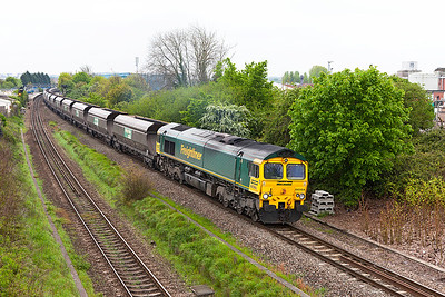 66564 powers away from a crew change at Patchway Station with 6M04 11.03 Avonmouth to Rugeley Power Station loaded coal. Friday 2nd May 2014.