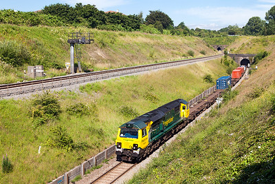 70019 climbs away from the split level Patchway Tunnels with 4O70 09.56 Wentloog to Southampton MCT Freightliner service. Monday 18th July 2016.