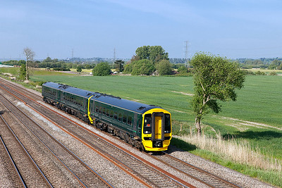 GWR Green 158950 passes Green Lane, Duffryn forming 1F09 09.30 Cardiff to Portsmouth Harbour. Wednesday 10th May 2017.