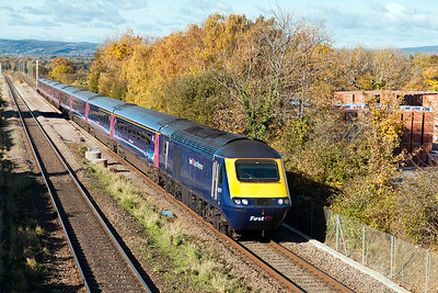43170 passes Cattybrook leading 1L48 09.28 Swansea to Paddington running some 50 Minutes late due to the axle counter problems. 43030 is the rear power car. Wednesday 2nd November 2016.