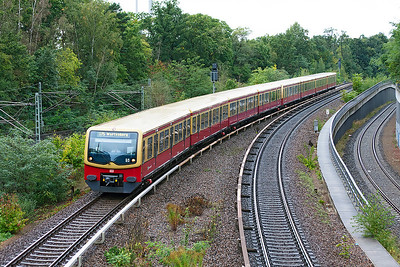 Berlin S-Bahn S75 service to Wartenberg arrives at Berlin Messe Sud. 23rd September 2008.