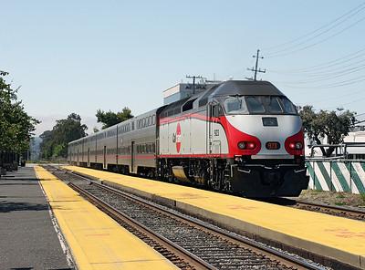 Caltrain 923 (MP36PH-3c) pushes train 55 San Jose to San Francisco past Broadway. 10/05/2007