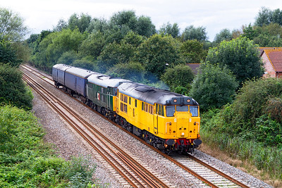 31602 & 31601 head along the Weston-super-Mare avoiding line at Locking Castle with 5Z56 12.09 Laira Depot to Washwood Heath barrier coach move. Thursday 23rd August 2012.