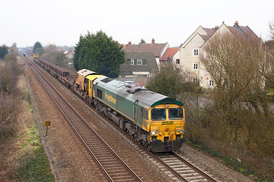 66607 passes St. Georges with 6Y27 08.45 Ashchurch to Newton Abbot Hackney Yard welded rail carriers. Sunday 3rd March 2013.