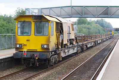 The welded rail carrier on 6Y27. Worle Parkway. Sunday 8th September 2013.