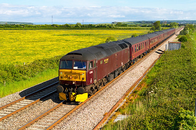 """47245 passes Brean Road, Lympsham with 1Z37 Bristol Temple Meads to Par """"Royal Duchy"""" deputising for A4 60009. Sunday 2nd June 2013."""