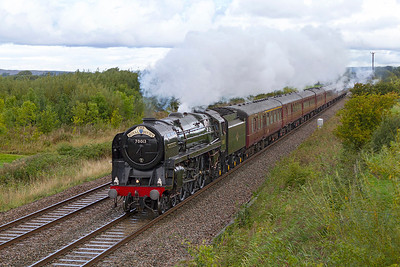 70013 'Oliver Cromwell' heads 'The Royal Duchy' from Bristol Temple Meads to Par past Middle Street, Brent Knoll. Sunday 8th September 2013.