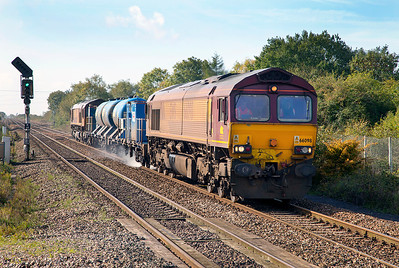 The Barton Hill based RHTT running as 3S59 formed of 66098, 642017, 642002 & 66126 passes Yatton returning to base from Weston-super-Mare. Thursday 17th October 2013.