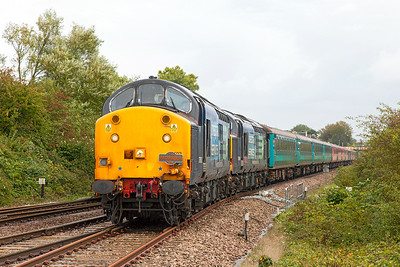 "37603 & 37601 'Class 37-""Fifty"" swing into Yatton Loop with 1Z29 06.14 Crewe to Kingswear Pathfinder charter. Friday 29th August 2014."