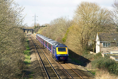 43195 & 43176 head away from Worle Junction with the 1A14 09.51 Weston-super-Mare to Paddington. Sunday 23rd March 2014.