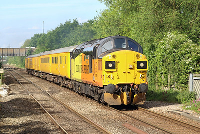 37099 'Merl Evans 1947 - 2016' passes Worle Parkway with 3Z53 07.57 Exeter Riverside Yard to Crewe test train consisting of stock 9516, 72616, 6262, 999605 & 9703. Thursday 18th May 2017.
