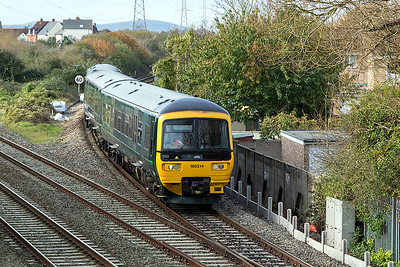 166 214 passes Worle Junction forming 2D08 10.10 Weston-super-Mare to Bristol Temple Meads. Saturday 4th November 2017.