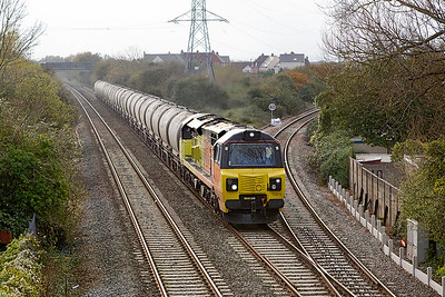 70816 passes Worle Junction with 6C36 11.38 Moorswater to Aberthaw Cement Works empty PCA's. Thursday 26th October 2017.