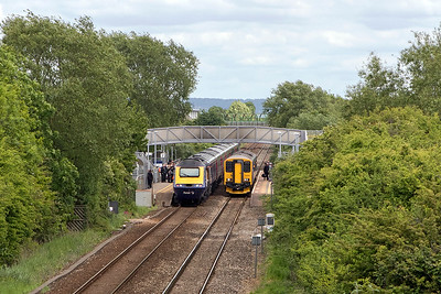 A busy time at Worle Parkway. 150219 calls forming 2C77 13.05 Bristol Temple Meads to Taunton whilst 43190 & 43028 call with 1A20 13.20 Weston-super-Mare to Paddington. Sunday 21st May 2017.