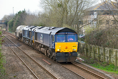 66302 & 66431 pass Worle Parkway with Flask MODA 95771 running as 6Z63 08.53 Devonport Dockyard to Crewe. Thursday 23rd March 2017.