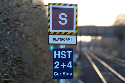 The new platform stop signs at Worle Parkway for the GWR HST 2 + 4 services. Tuesday 13th March 2018.