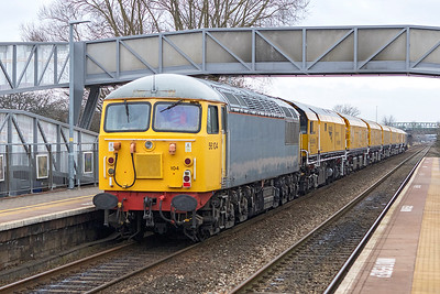 56104 brings up the rear of 4Z03 08.00 Okehampton to Chaddesden Sidings, passing Worle Parkway with new NetworkRail Loram Rail Grinder consisting of DR79501 DR79502 DR79503 DR79504 DR79505 DR79506 DR79507, 50008 is the train loco. Saturday 13th January 2018.