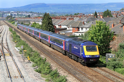 43159 & 43189 have charge of the 11.28 Swansea to Paddington passing East Usk. 28/04/2011.