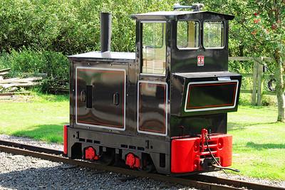Ruston & Hornsby 0-4-0 Diesel, Evesham Vale Light Railway. Wednesday 21st August 2013.