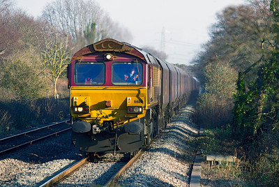 66116 approaches Caldicot with 6V67 03.53 Redcar to Margam loaded coke hoppers. Monday 16th January 2012.
