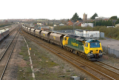 70011 takes the tunnel route at Severn Tunnel Junction with 4F56 10.42 Uskmouth Power Station to Portbury Dock empty hoppers. Thursday 8th March 2012.