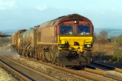 66079 and 66035 lead the 3S59 Moreton-on-Lugg to Weston-super-Mare leg of the Barton Hill based Rail Head Treatment Train up Pining Bank, Wednesday 30th November 2011.