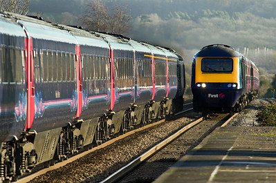 First Great Western HST services cross at Pilning.30/11/2011