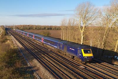 43125 & 43124 power a Paddington bound First Great Western HST service past Denchworth. Thursday 29th November 2012.