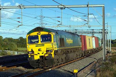 A late running 4M61 12.54 Southampton to Trafford Park with 66537 in charge powers past Lichfield Trent Valley. Friday 12th October 2012.