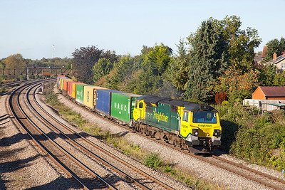 70008 passes Undy with 4051 09.58 Wentloog to Southampton MCT Freightliner service.Thursday 10th October 2013.