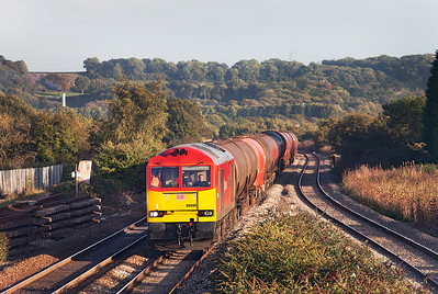 60040 'The Territorial Army Centenary' passes Pilning with 6B33 13.00 Theale to Robeston empty Murco tanks. Thursday 17th October 2013.