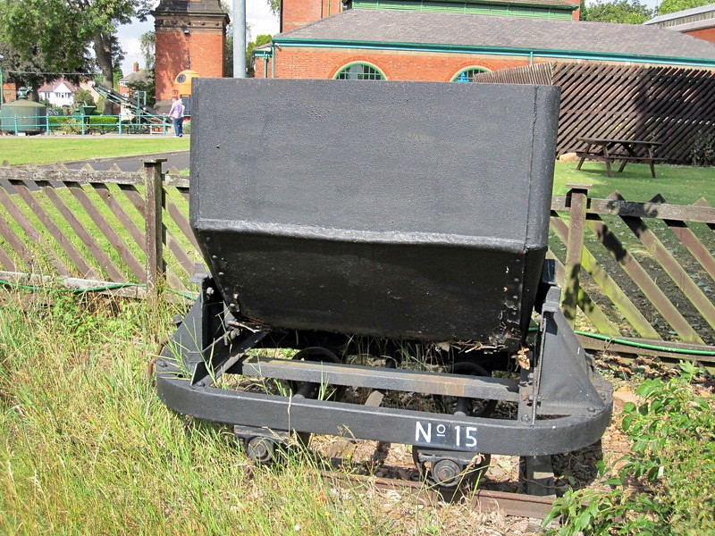 15 Side Tipping Skip Abbey Pumping Station
