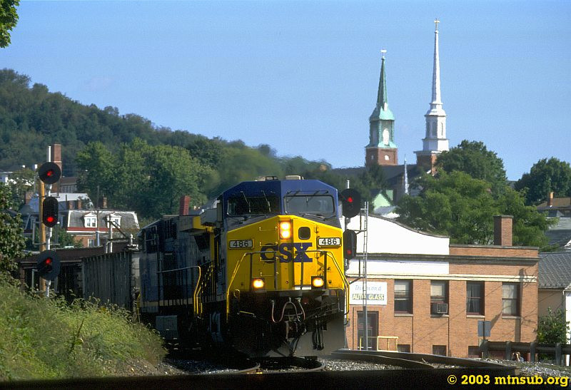 Empty coal train leaving Cumberland for the Mountain. 2003.