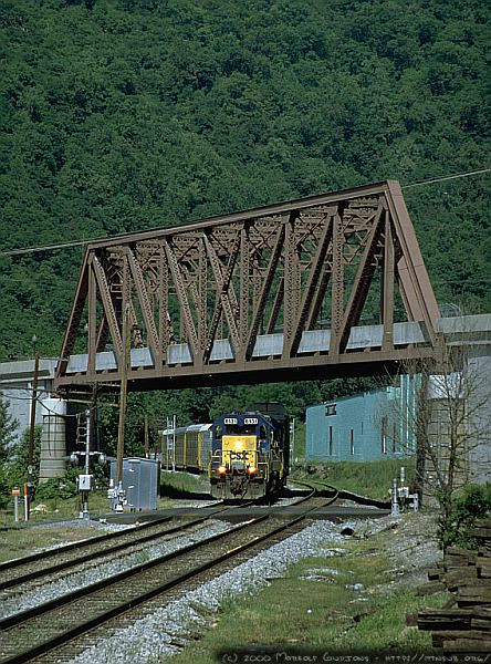 Q200-series autoracks arriving at Cumberland, MD. 2000.