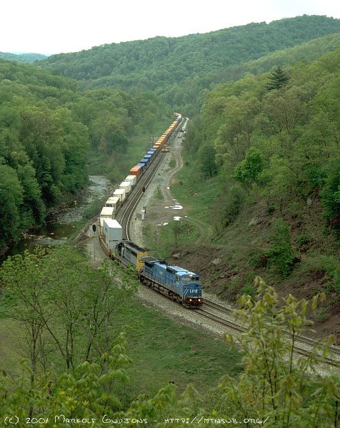 Eastbound intermodal at Foley, PA. 2001.
