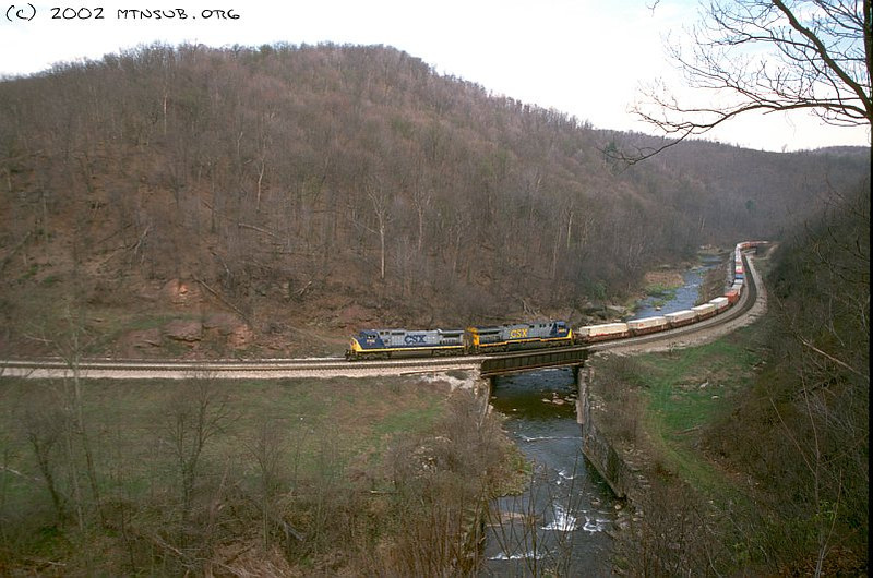 Westbound intermodal at Foley, PA. April 2002.