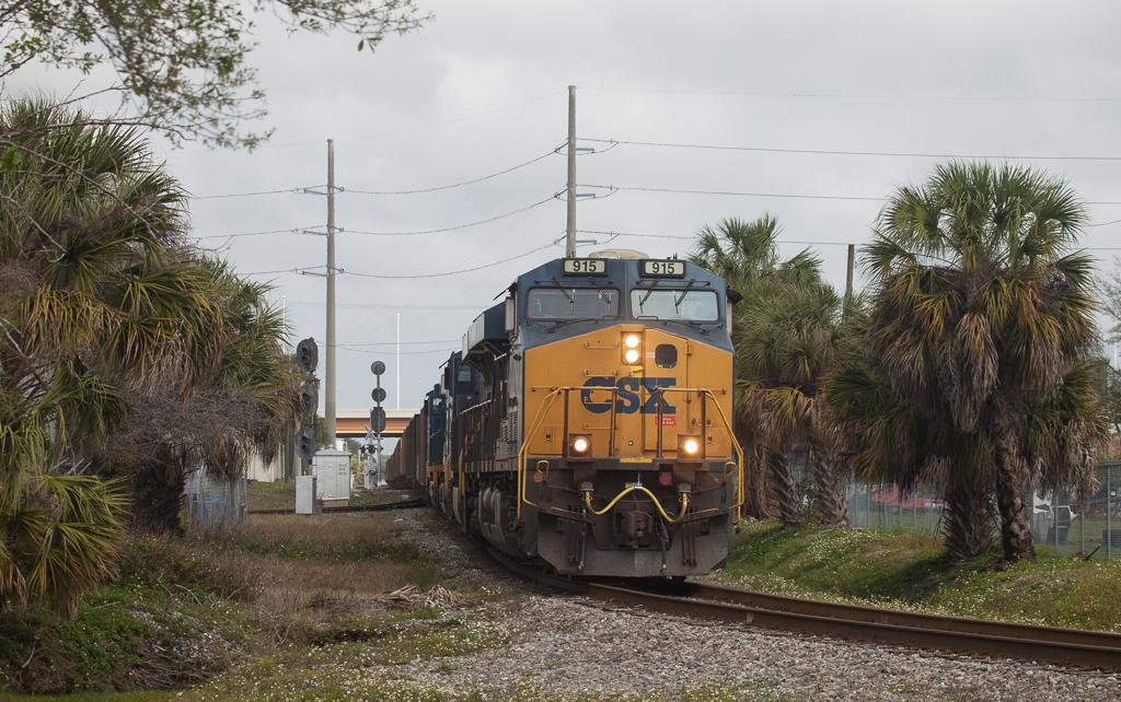 CSX coal train approaching Yeoman Yard in Tampa, Fl.