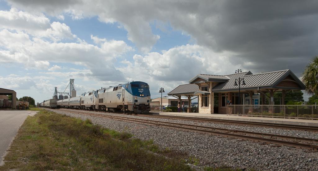 Amtrak 91 in Okeechobee, Fl.