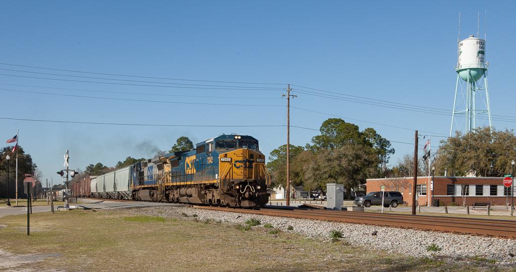 Eastbound mixed freight in Folkston, Ga.