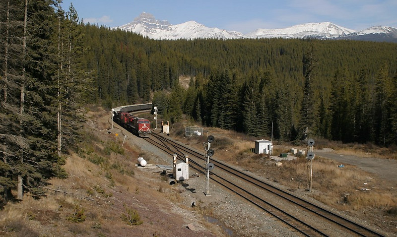 Westbound at Divide.