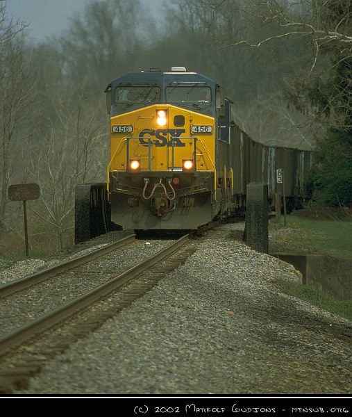 CSX 456 with coal empties near Waynesburg, 15-Apr-2002.