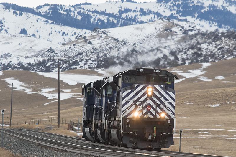 Helper set 4407/290/4404 returns to Livingstone, MT.