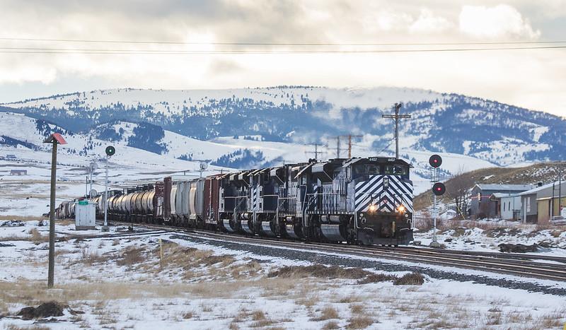 4407 with helper set on the M-MISLAU104 arrives at Livingstone, MT.