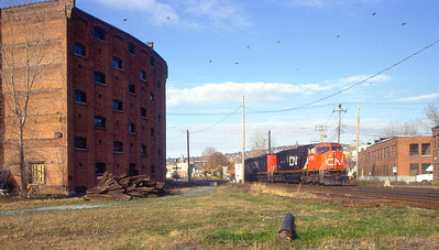 CN SD75I 5782 near the Canal de Lachine.
