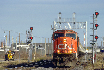 CN SD75I with GATX TankTrain westbound in Lemoyne.