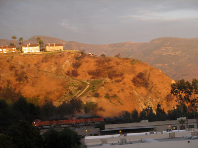 Hills in Los Angeles metro area seen from Southwest Chief