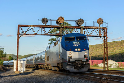 Amtrak 07T,  locomotive 87, train 43