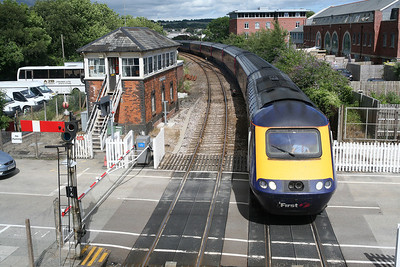 A First Great Western HST arrives at Truro on its way to Penzance. 21/7/10